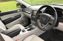 Jeep Grand Cherokee, interior