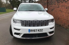 Jeep Grand Cherokee, front