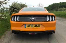 Ford Mustang, rear