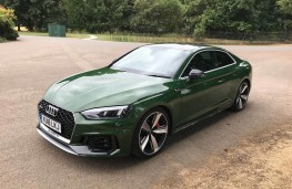 Audi RS5 Coupe, front
