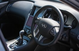 Infinti Q50, interior