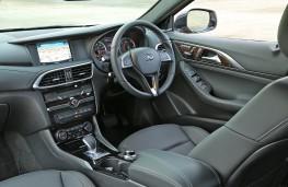 Infiniti Q30, 2016, interior