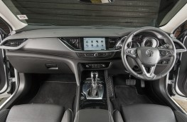 Vauxhall Insignia Country Tourer, 2017, dashboard