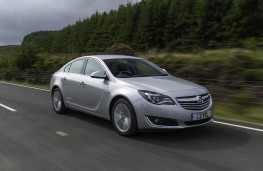 Vauxhall Insignia Sports Tourer, 2017, front, action