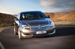 Vauxhall Insignia Sports Tourer, front