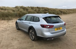 Vauxhall Insignia Country Tourer, rear