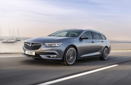 Vauxhall Insignia Sports Tourer, 2017, front