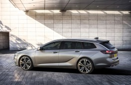 Vauxhall Insignia Sports Tourer, 2017, side, static