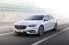 Vauxhall Insignia Grand Sport, 2017, front