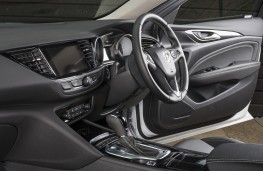 Vauxhall Insignia Country Tourer, 2017, interior