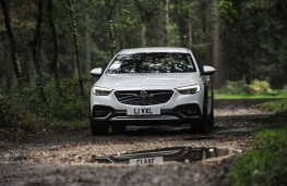 Vauxhall Insignia Country Tourer, 2017, front, off road