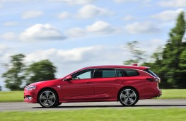 Vauxhall Insignia Sports Tourer, 2017, side