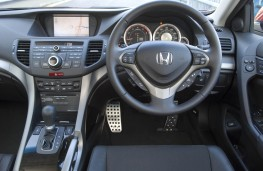Honda Accord Tourer, interior