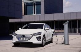 Hyundai Ioniq Electric, 2019, charging