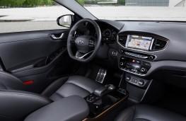 Hyundai Ioniq EV, interior