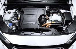 Hyundai Ioniq hybrid, engine