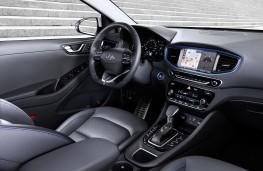 Hyundai Ioniq hybrid, interior