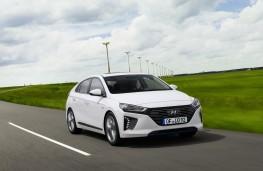 Hyundai Ioniq hybrid, side, action