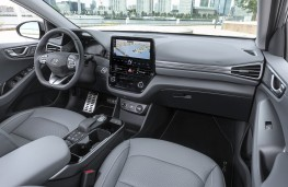 Hyundai Ioniq Electric, 2019, interior