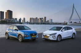 Hyundai Kona Hybrid and Ioniq Electric, 2019, pair