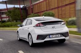 Hyundai Ioniq hybrid, 2019, rear