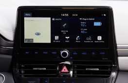 Hyundai Ioniq hybrid, 2019, display screen