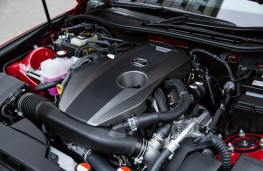 Lexus IS 200t, engine