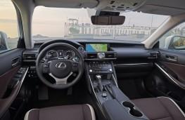 Lexus IS, 2017, interior