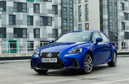 Lexus IS 300h, 2017, front, static