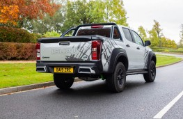 Isuzu D-Max XTR, rear static