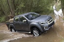 Isuzu D-Max 2019 wading