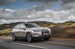BMW iX, 2020, front