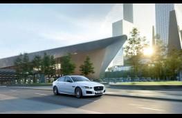 Jaguar XE Landmark, front