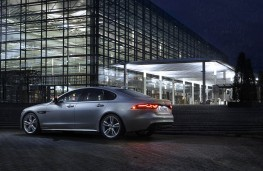 Jaguar XF AWD, rear