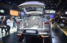Jaguar I-PACE, boot, 2016, Los Angeles auto show
