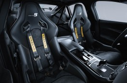 Jaguar XE SV Project 8, cabin