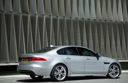Jaguar XF, 2016, side
