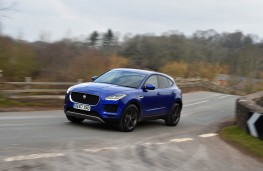 Jaguar E-PACE, front action 2