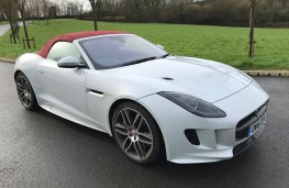 Jaguar F-Type R Convertible, front