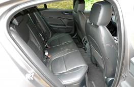 Jaguar XE R-Sport, rear seats