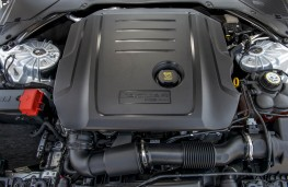 Jaguar XF, engine