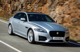 Jaguar XF, front action