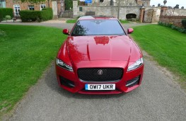 Jaguar XF R-Sport, full front static