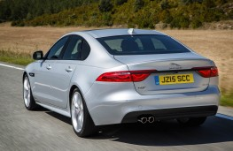 Jaguar XF, rear action