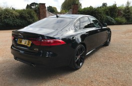 Jaguar XF R-Sport, rear