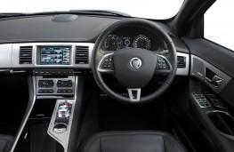 Jaguar XF Sportbrake, dashboard