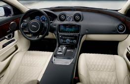 Jaguar XJ50 fascia