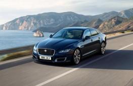 Jaguar XJ50 front action