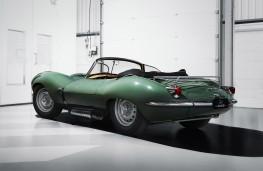 Jaguar XKSS rear threequarter