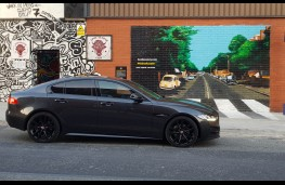 Jaguar XE R-Sport, profile